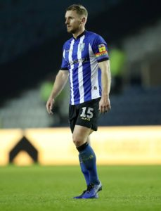 Sheffield Wednesday captain Tom Lees believes Steve Bruce can take advantage out of the club's current contract situation.