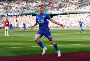 Harvey Barnes scored a stoppage-time equaliser to rescue Leicester a point as they held West Ham to a 2-2 draw at the London Stadium.