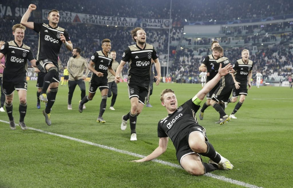 Manchester United are reported to be closing in on a swoop for Ajax central defender Matthijs de Ligt.