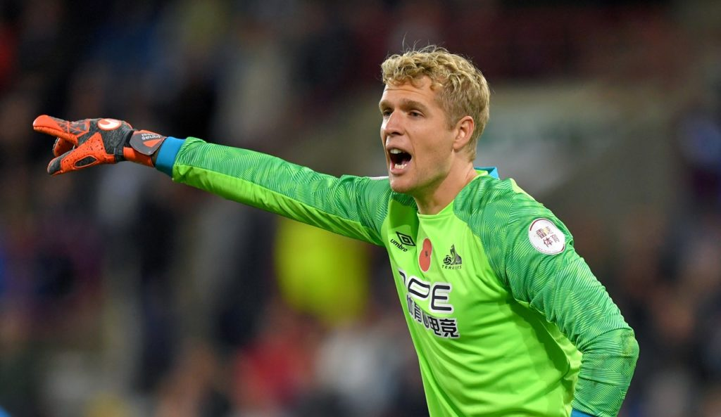 Everton have confirmed they have signed Jonas Lossl on a free transfer with his Huddersfield Town contract set to expire next month.