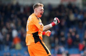 According to reports in England, Huddersfield Town are trying to sign Bournemouth goalkeeper Aaron Ramsdale on loan this summer.
