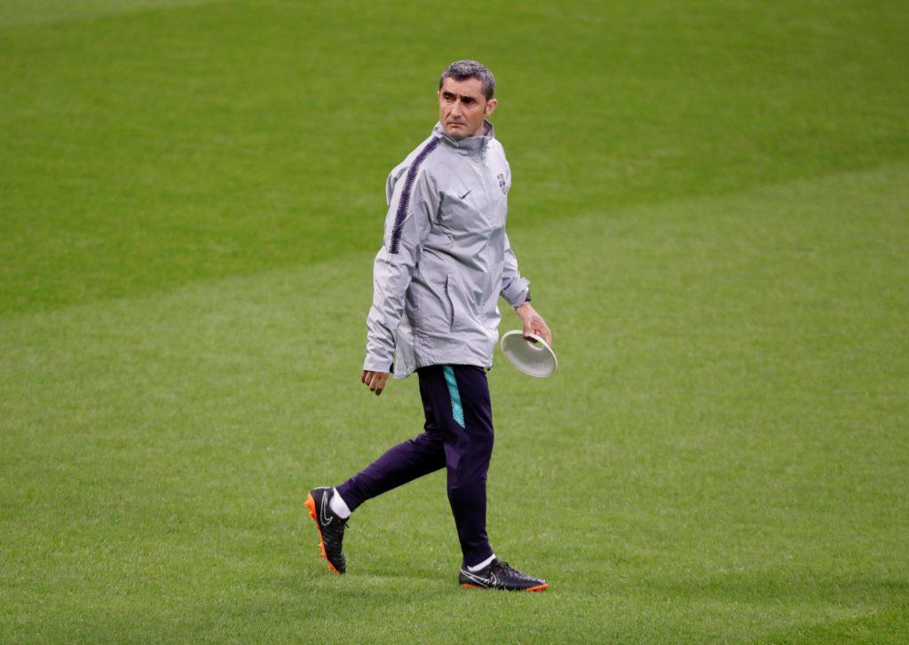 Barcelona president Josep Maria Bartomeu has placed his faith in manager Ernesto Valverde.