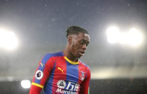Manchester United fear their former player Wilfried Zaha could scupper plans to sign his Crystal Palace team-mate Aaron Wan-Bissaka.