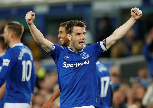 In-form Everton eased to a 2-0 victory at home to Burnley to keep alive their hopes of securing a place in the Europa League next season.