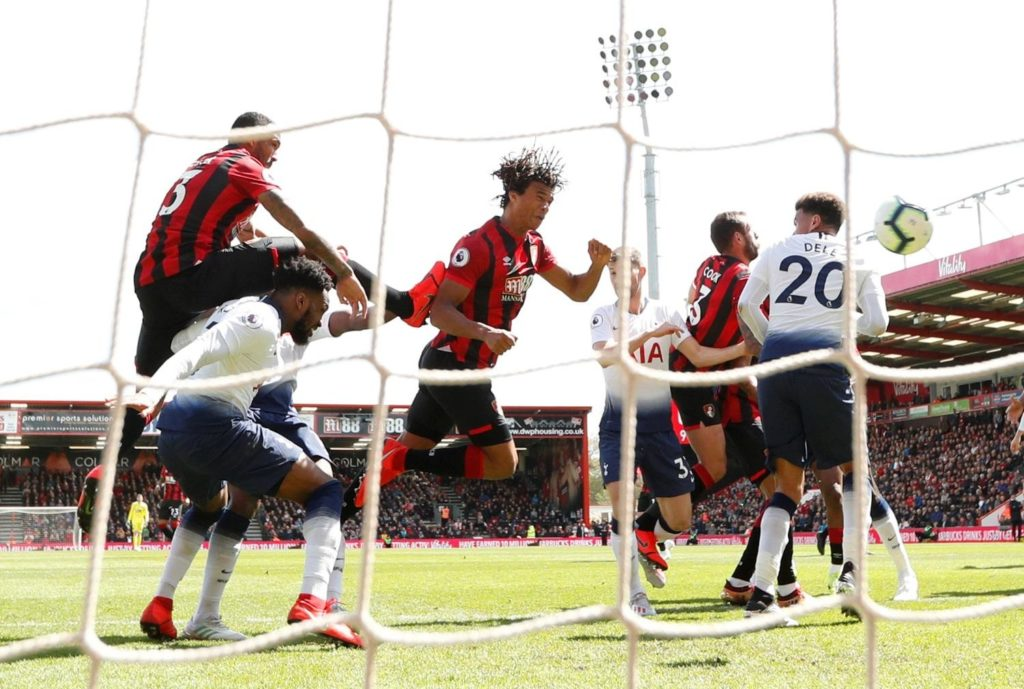 Nathan Ake scored a last-gasp winner as nine-man Tottenham suffered their sixth away defeat in a row in a 1-0 loss at Bournemouth.