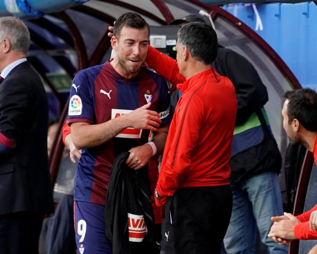 Watford have made a 'proposal' to sign Sergi Enrich when his contract with Spanish side Eibar expires in the summer.