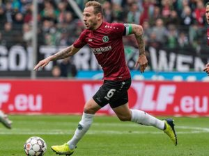 Hannover 96 midfielder Marvin Bakalorz could be on his way out of the club to join Norwich City in the summer, according to reports.