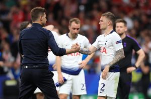 Juventus and Napoli are continuing to battle it out for the services of Tottenham defender Kieran Trippier.