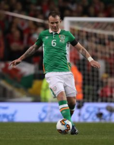 Stoke target Glenn Whelan says he has no plans to retire this summer but has no interest in becoming a 'cheerleader' at a club.
