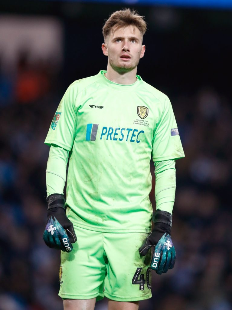 Chelsea goalkeeper Brad Collins has cut all ties with the club and has joined Barnsley on a four-year deal in an attempt to further his career.