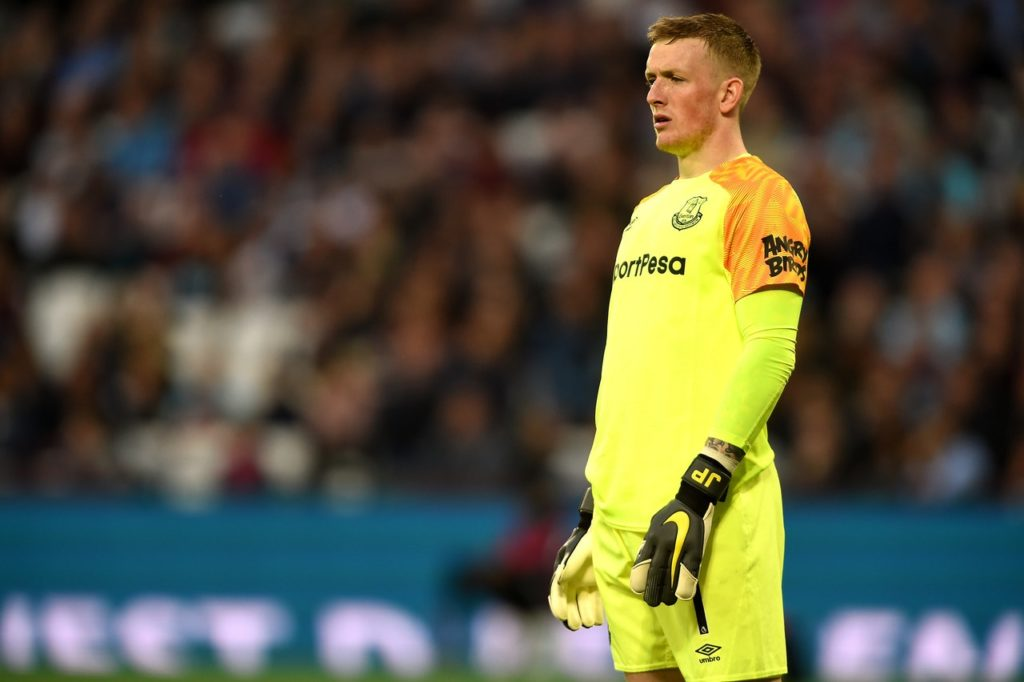 Everton goalkeeper Jordan Pickford says he learned from this season's off-field drama and has matured throughout the campaign.