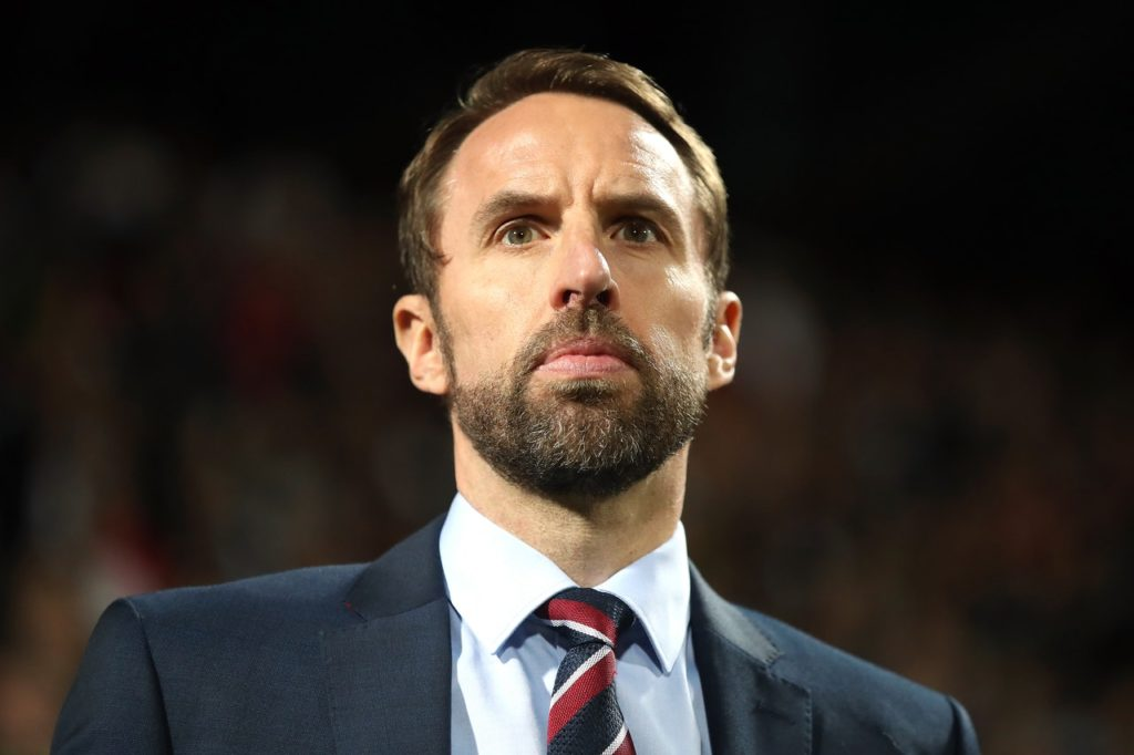 England boss Gareth Southgate has ruled out the possibility of taking over at Chelsea, should Maurizio Sarri leave the club.