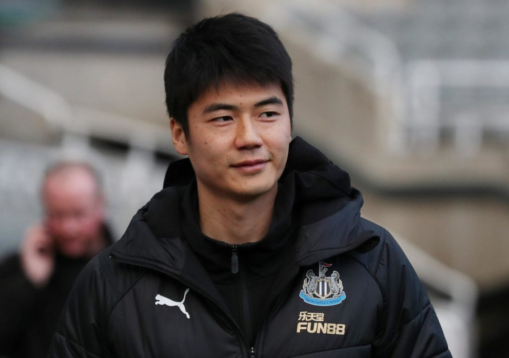 Newcastle midfielder Ki Sung-yeung believes it is 'realistic' for the club to challenge for a top-10 spot if they keep boss Rafael Benitez.
