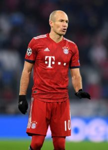 Borussia Monchengladbach have shot down suggestions they will offer Arjen Robben the chance to stay in the Bundesliga.