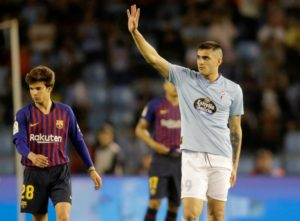 West Ham are closing on a double swoop for Celta Vigo striker Maxi Gomez and Eibar defensive midfielder Joan Jordan.
