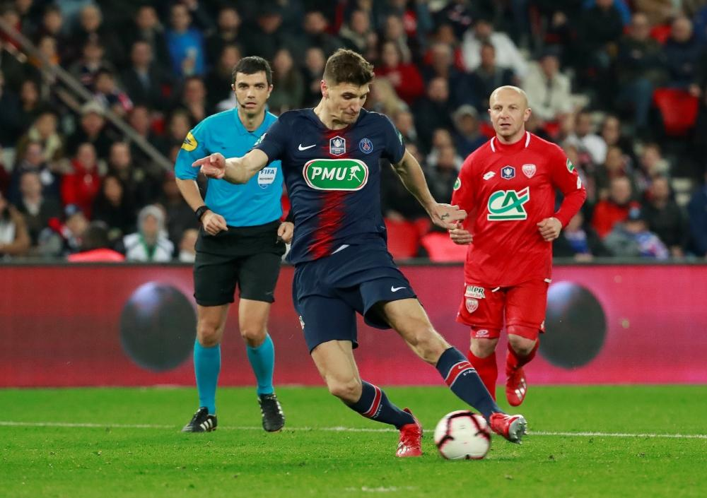 Paris Saint-Germain defender Thomas Meunier has admitted he does not want to leave the club, handing Arsenal a summer transfer blow.