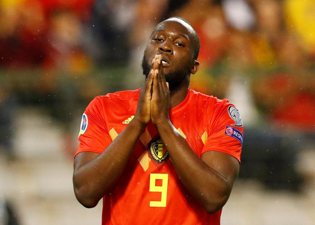 Manchester United striker Romelu Lukaku has been advised he needs to leave Old Trafford and find himself the right club.