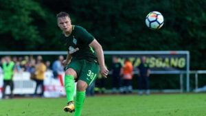 Werder Bremen midfielder Niklas Schmidt has signed a new deal and will head out on a two-season loan deal to VfL Osnabruck.