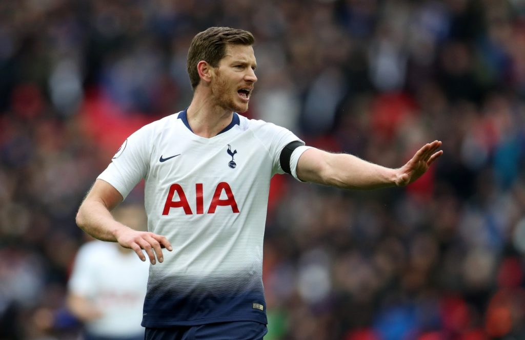 Jan Vertonghen says he has no intention of leaving Tottenham this summer and has indicated he would be open to a new deal.