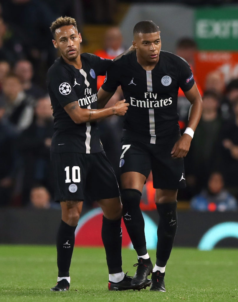 Paris Saint-Germain sporting director Leonardo says nothing has changed regards Neymar and they have yet to receive any offers for the Brazilian.