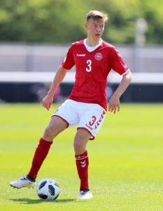 Brentford have signed Danish midfielder Mathias Jensen from Celta Vigo for an undisclosed fee.