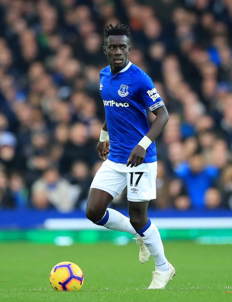 Everton midfielder Idrissa Gueye has refused to fuel speculation about a fresh bid from Paris Saint-Germain to lure him to France.