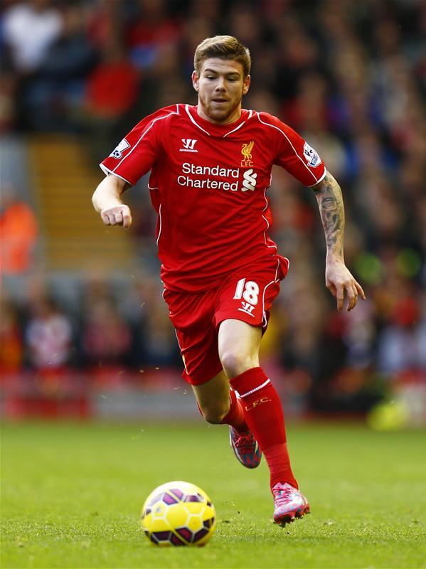 Villarreal have snapped up former Liverpool defender Alberto Moreno on a free transfer after he penned a five-year deal.