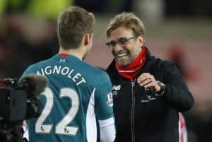 Simon Mignolet's agent says he still wants to leave Liverpool this summer despite Jurgen Klopp's recent comments on his future.