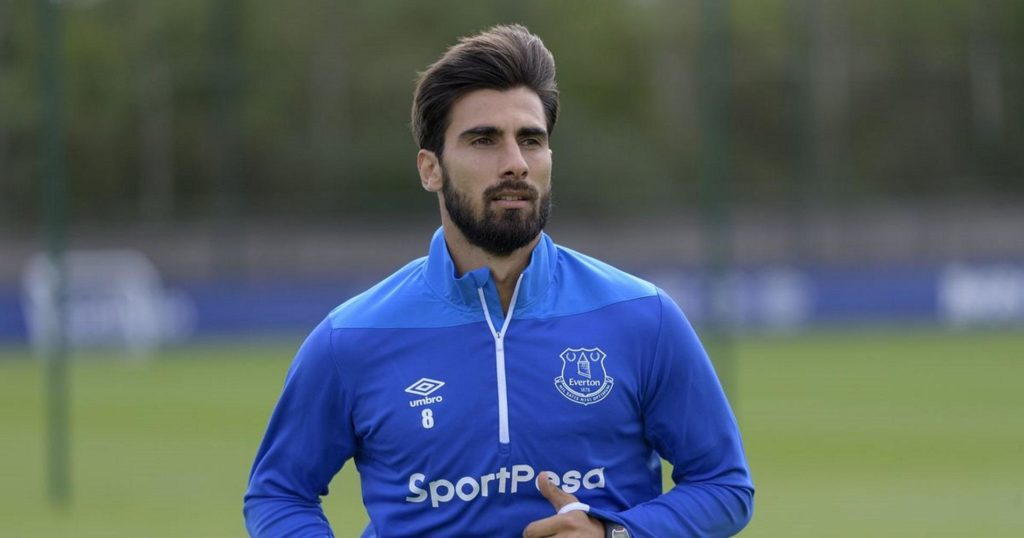 Andre Gomes says Everton are targeting European qualification next season after making a permanent move from Barcelona.