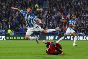 Eintracht Frankfurt have wrapped up the double capture of defender Erik Durm and midfielder Dominik Kohr.