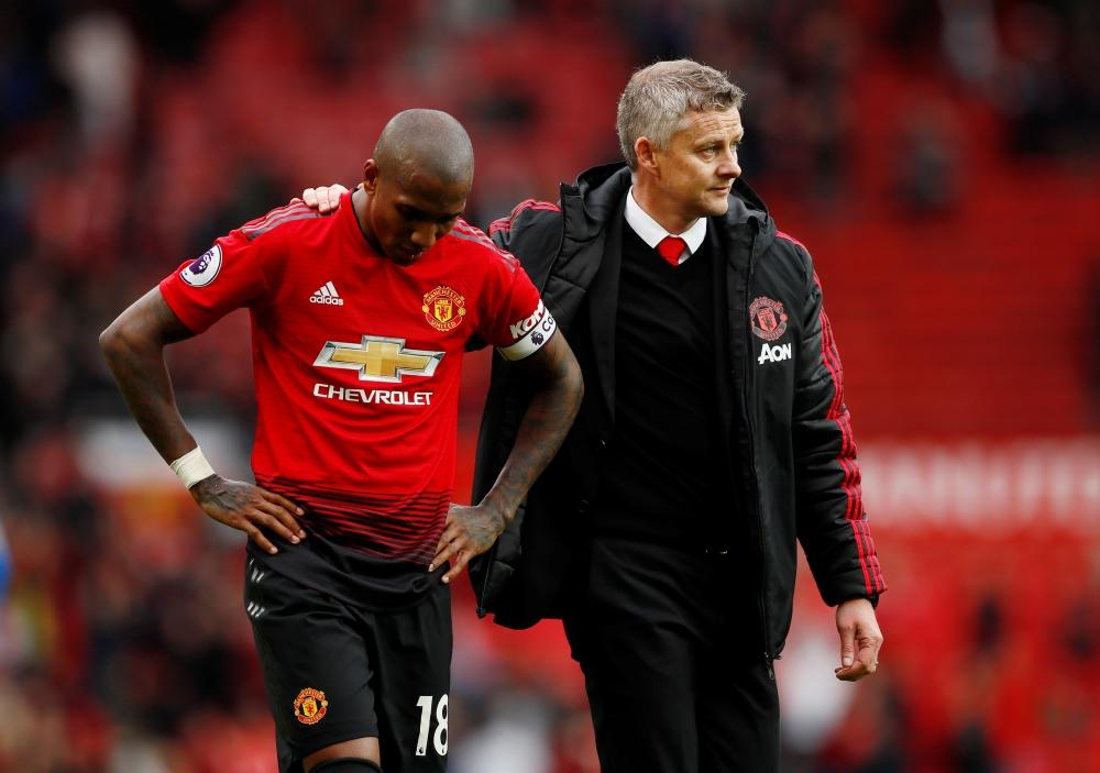 Manchester United boss Ole Gunnar Solskjaer has hit out at the boos and jeers that greated Ashley Young in the 1-0 over Inter Milan.
