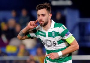 Manchester United remain very interested in signing Sporting Lisbon midfielder Bruno Fernandes before the transfer window closes.