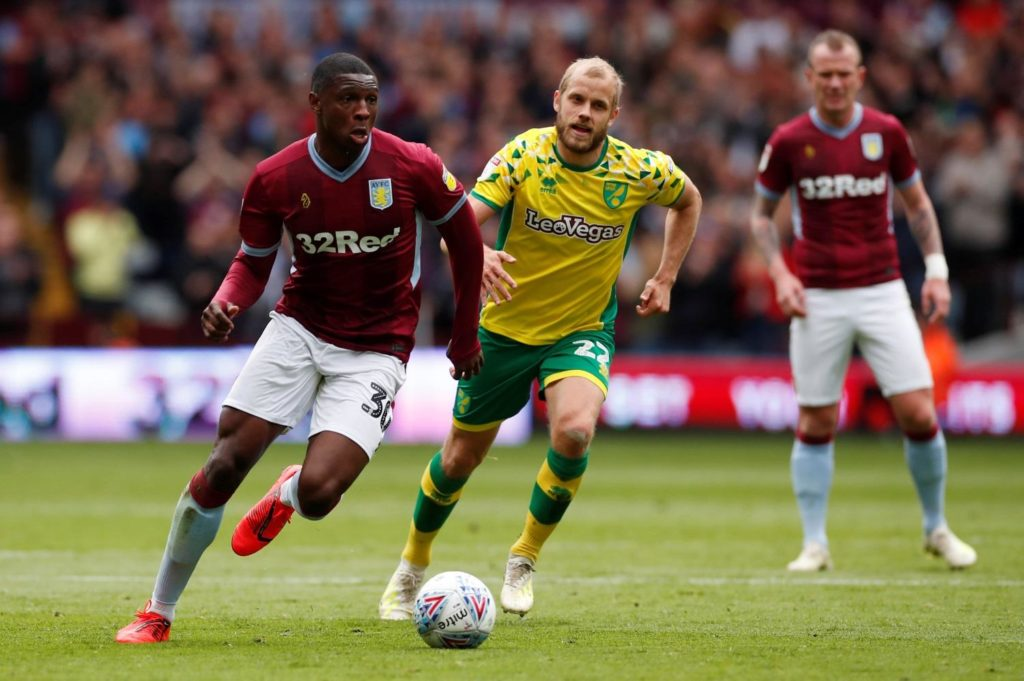Centre-back Kortney Hause says he is ready to battle for a starting spot at Aston Villa this season.