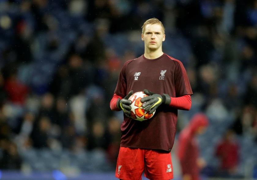 Liverpool goalkeeper Caoimhin Kelleher will be out of action for up to six weeks after having surgery on a broken wrist.