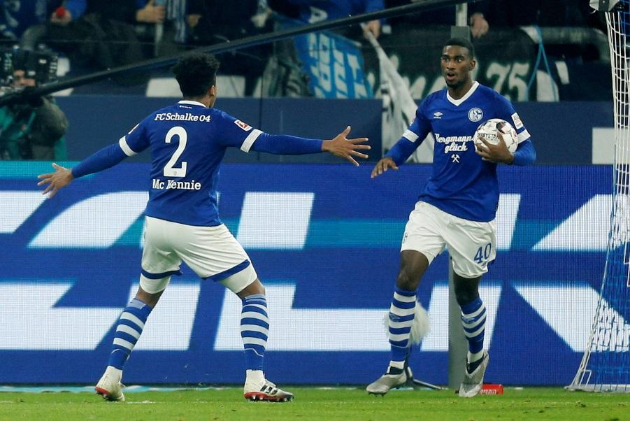 Schalke forward Haji Wright has joined VVV-Venlo on an initial one-year deal, subject to international clearance.