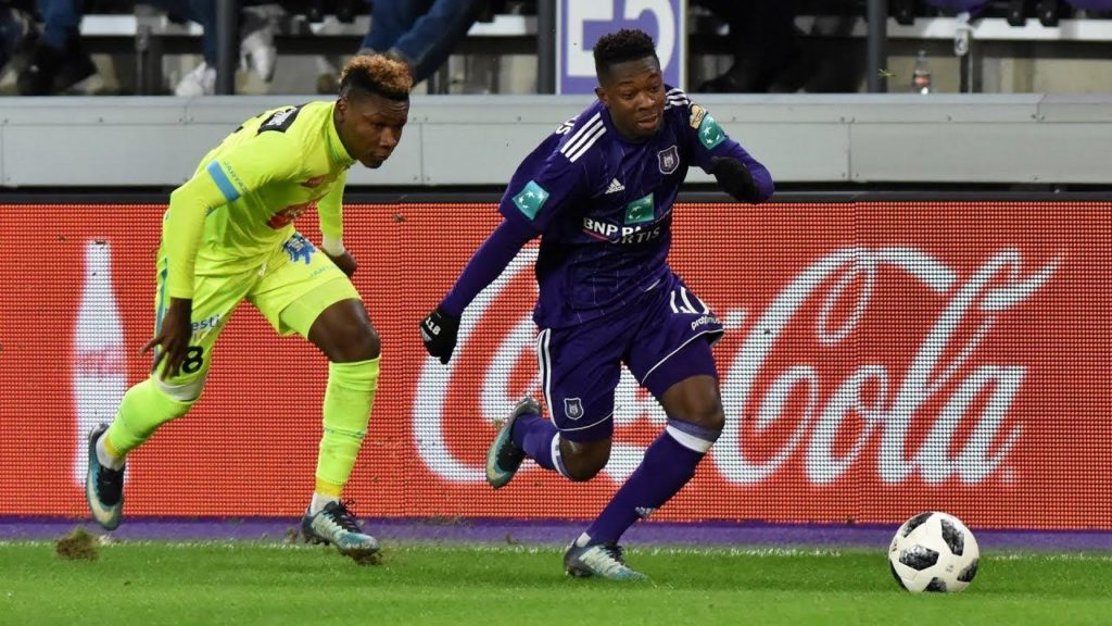 Brighton and Southampton are reportedly vying with Mainz for the signature of teenage Anderlecht winger Francis Amuzu.