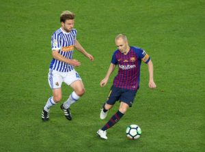 Real Sociedad's AsierIllarramendi faces a spell on the sidelines after breaking his left fibula in Friday's 2-0 Basque derby defeat to Athletic Bilbao.