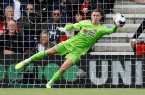 Sheffield United boss Chris Wilder and team mate John Egan have both predicted that an England call-up for Dean Henderson is just around the corner.
