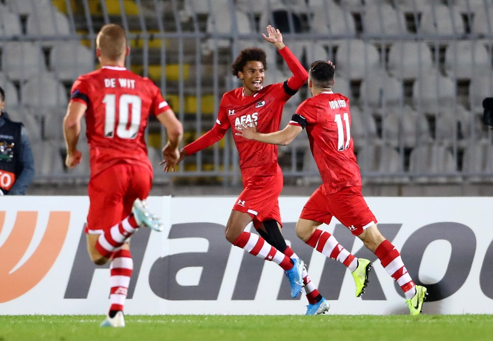 Southampton scouted AZ Alkmaar right-winger Calvin Stengs in his side's 2-2 Europa League draw with Partizan Belgrade on Thursday.
