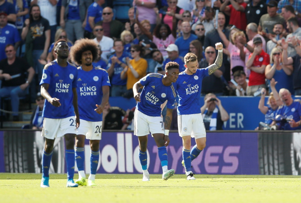 Goals from Ricardo Pereira and James Maddison saw Leicester City come from behind to beat Tottenham 2-1 Saturday's lunchtime game in the Premier League.
