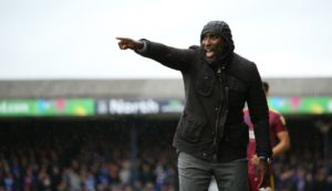 Sol Campbell's reign as Southend manager started with a 3-1 defeat to high-flying Ipswich at Roots Hall.