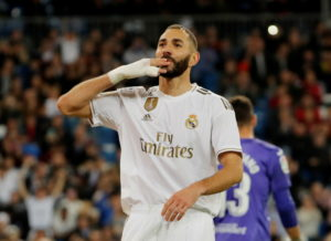 Zinedine Zidane singled out Karim Benzema for special praise after he inspired Real to a 5-0 victory over Leganes on Wednesday night.