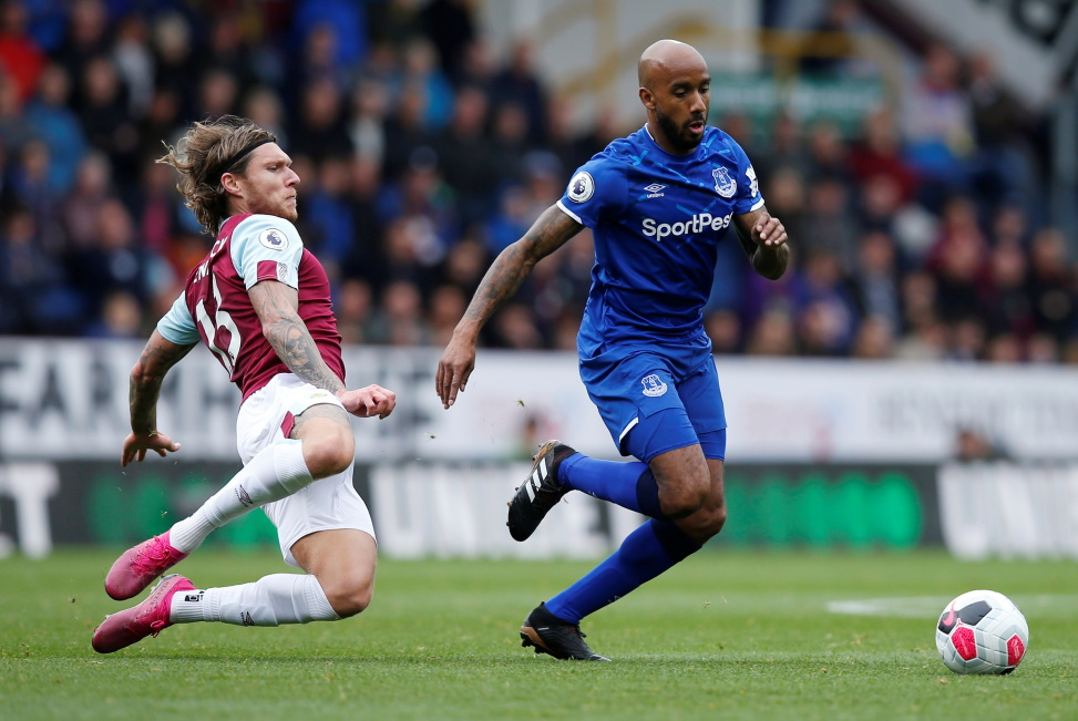 Everton midfielder Fabian Delph will play no part in England's Euro 2020 qualifiers after pulling out through injury.
