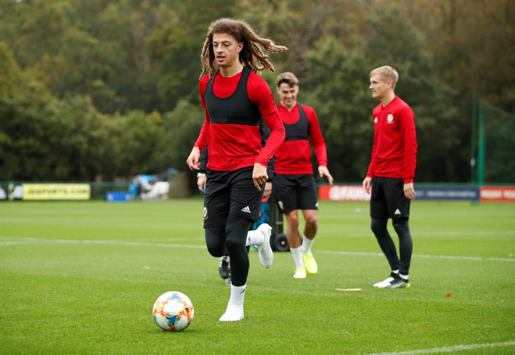 Wales manager Ryan Giggs has expressed concern over Chelsea midfielder Ethan Ampadu's disappointing loan spell at RB Leipzig.