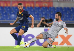 Leonardo Spinazzola has signed a new contract to keep him at Italian Serie A outfit Roma until summer 2024.