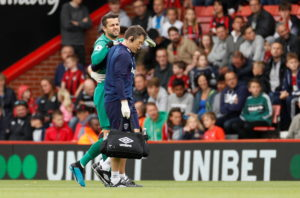 West Ham will be without goalkeeper Lukasz Fabianski for Saturday evening's Premier League clash against Crystal Palace at the London Stadium.