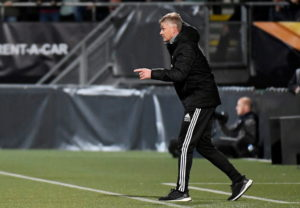 Manchester United battled to a goalless draw in their second Europa League Group L clash against Dutch side AZ Alkmaar at Den Haag's Car Jeans Stadion.