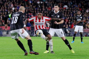 Donyell Malen and Steven Bergwijn are set to be in Mark van Bommel's plans for PSV Eindhoven's visit of AZ Alkmaar to the Philips Stadion on Sunday.