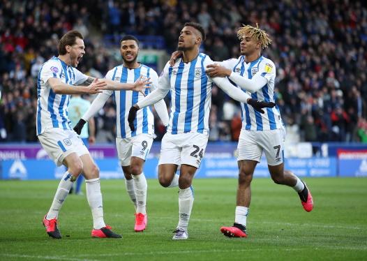 huddersfield-town-steve-mounie