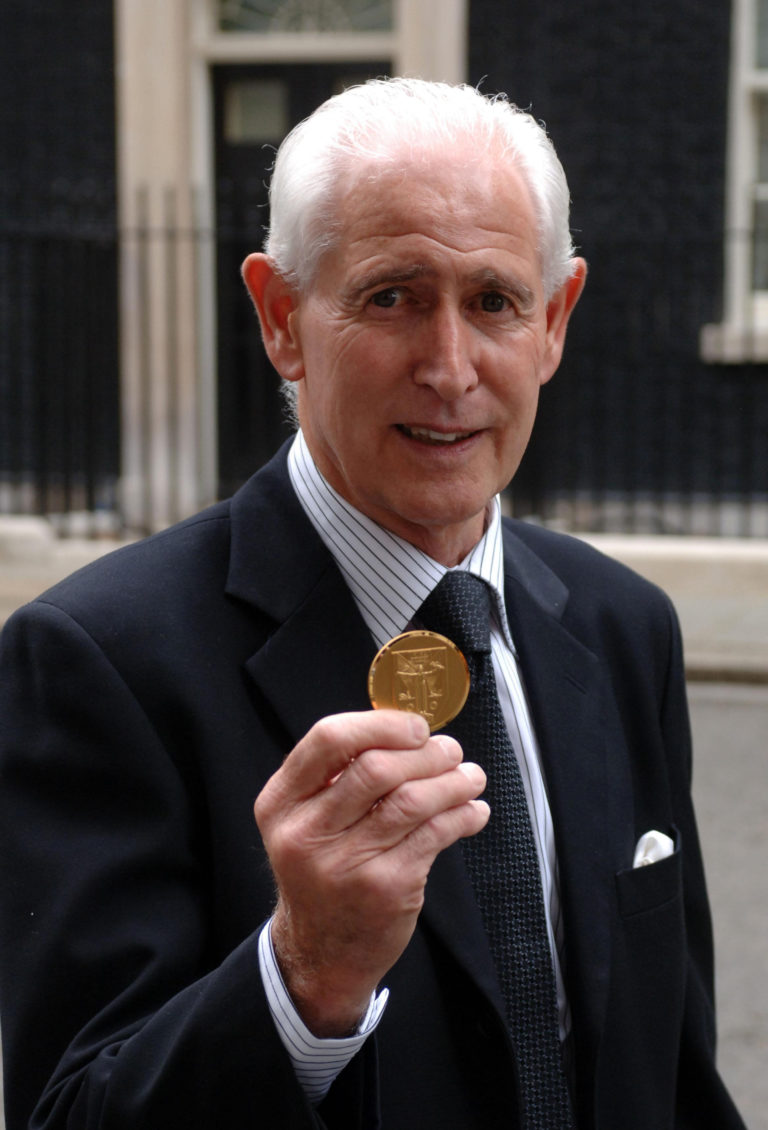 Peter Bonetti finally received a winners' medal from the 1966 World Cup in 2009